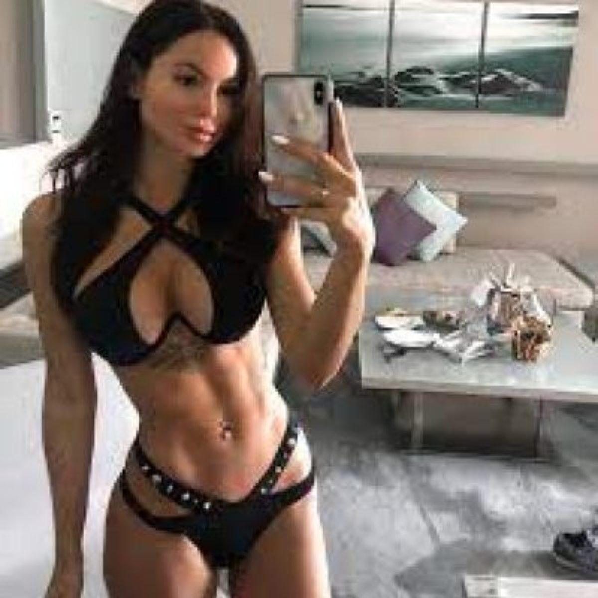 Nackt Olivia Ponton  ❤️🤍💙 :
