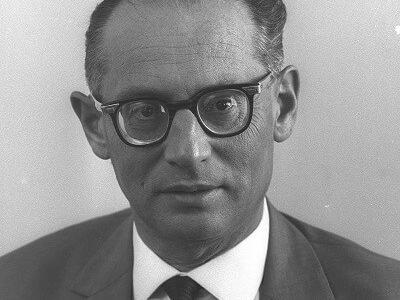 Mordechai-Haim Stern